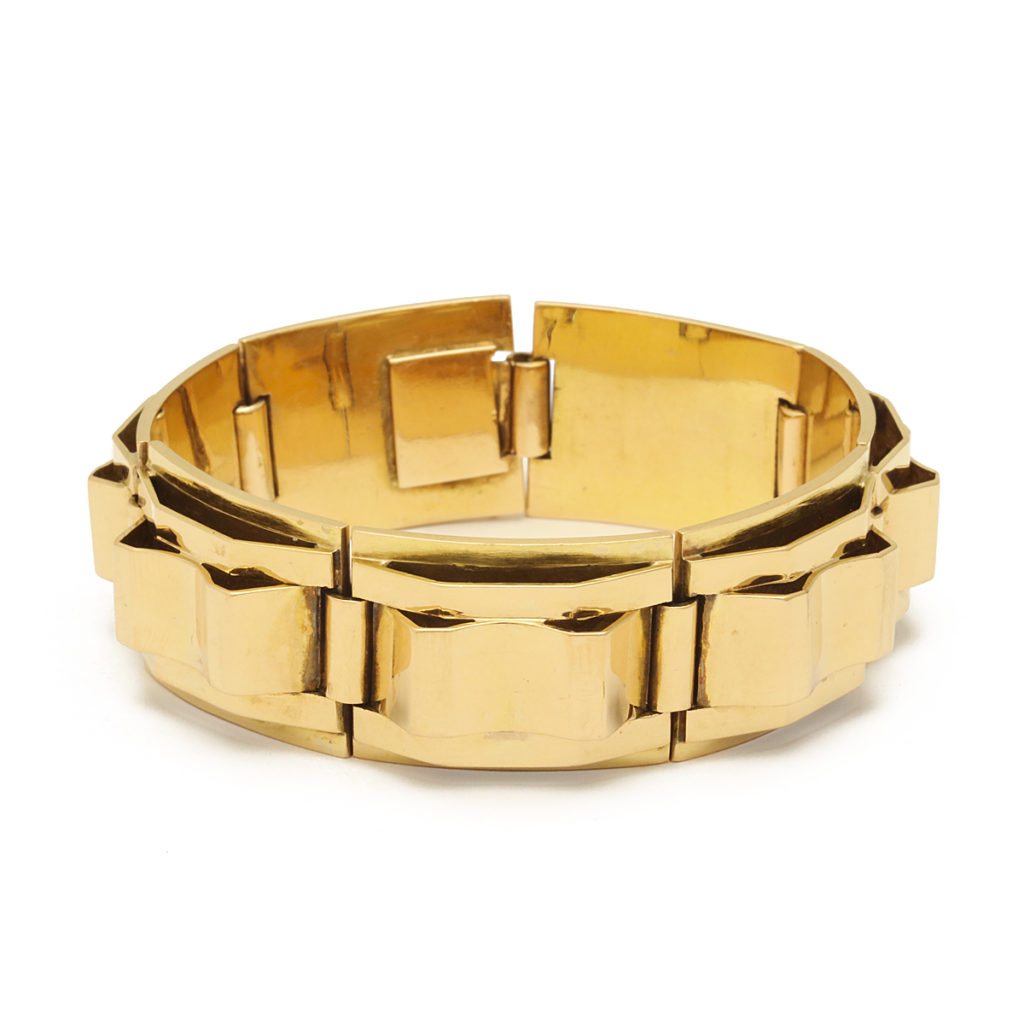 main view, French Machine Aesthetic Gold Bracelet
