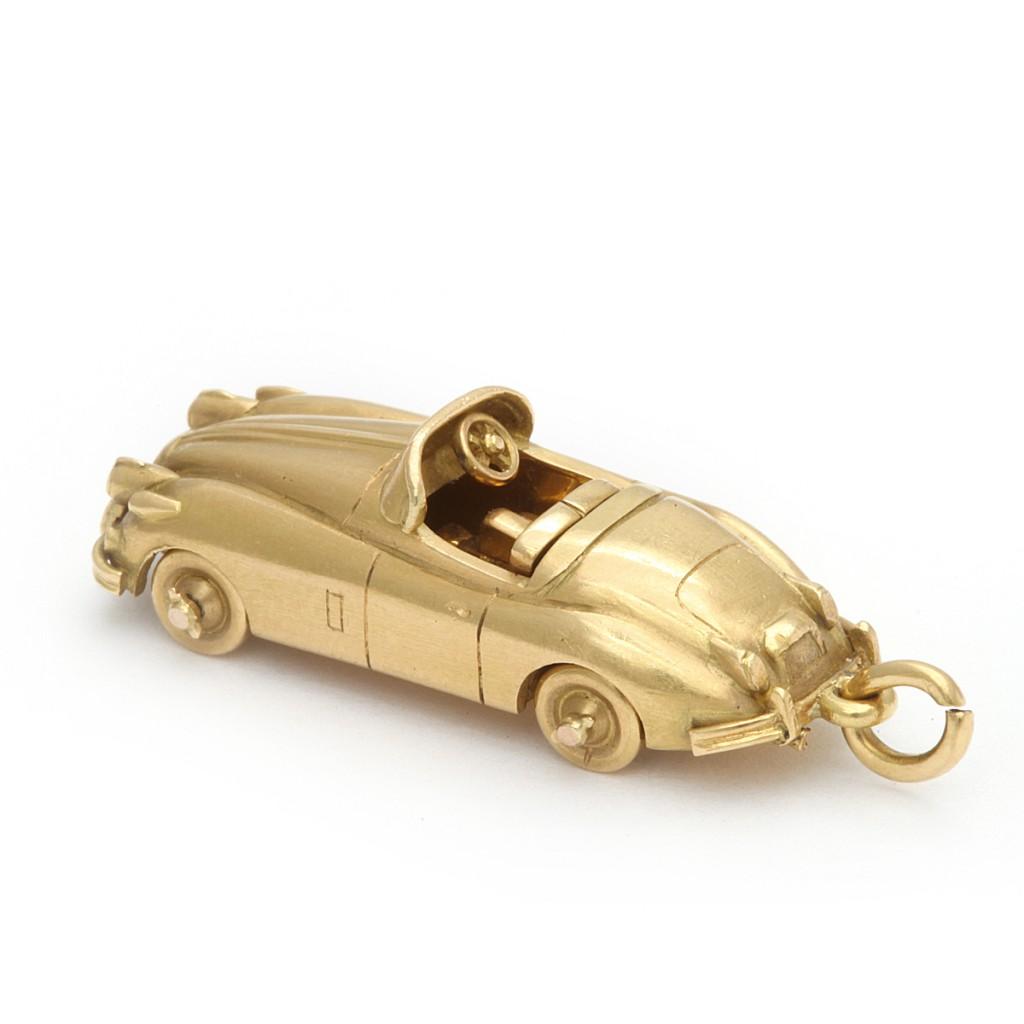 Vintage Cartier Gold Jaguar Pendant