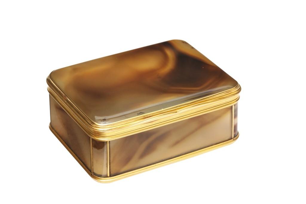 Agate Snuffbox