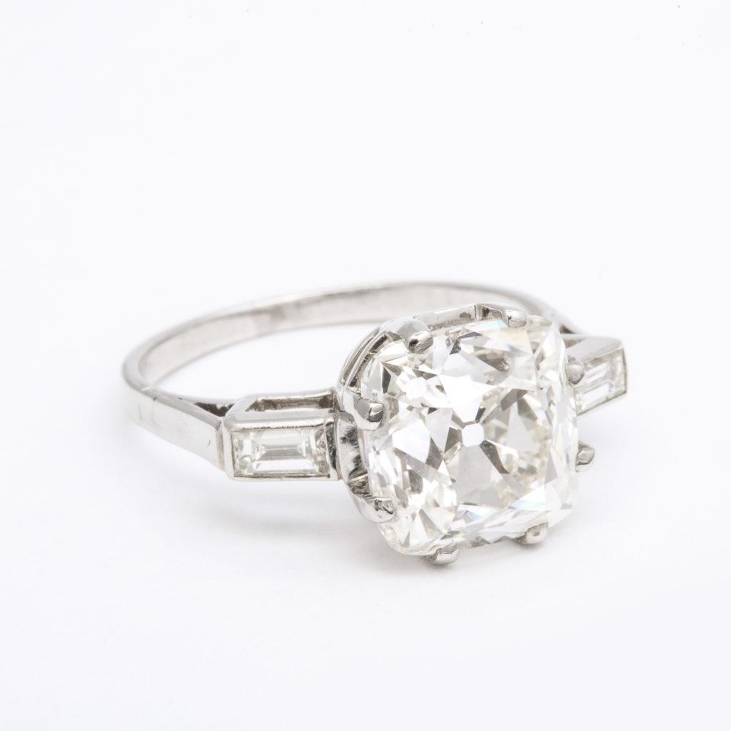 main view, 1950s Cushion-cut Diamond Engagement Ring