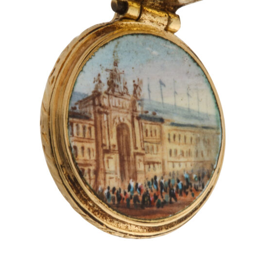palace view close up, gold magnifier charm pendant with palace view